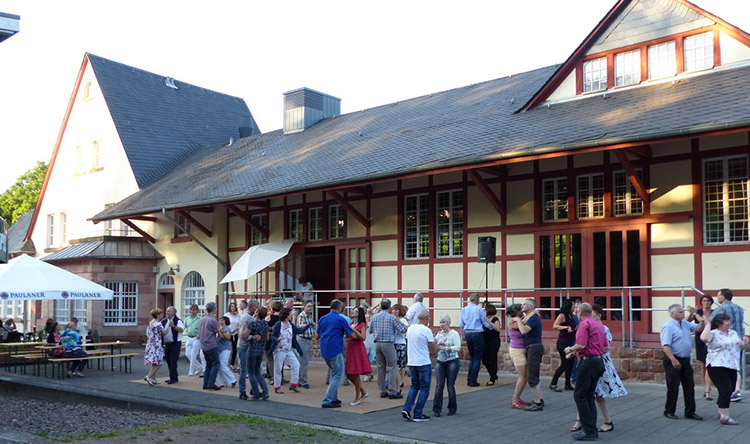 11. Open-Air-Tanzparty am Bahnhof Püttlingen